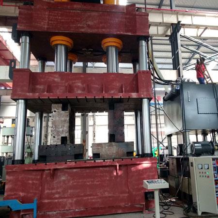 1600吨化粪池热压成型四柱液压机