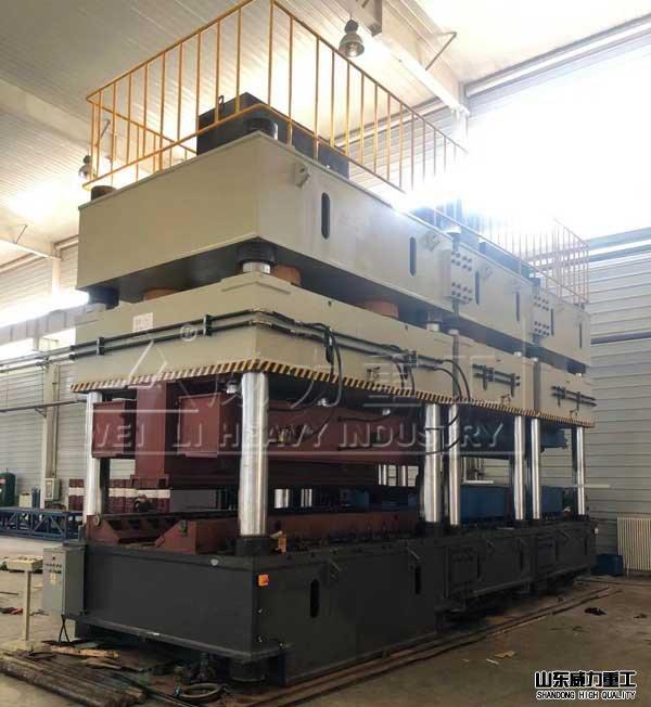 2500吨三梁四柱油压机(YW32-2500T)四柱压力机